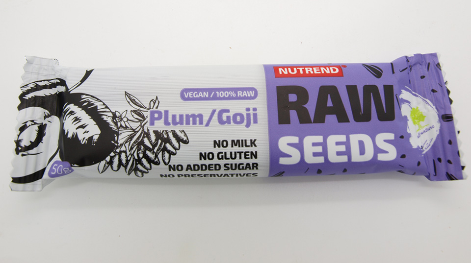 Raw seeds (švestka+goji)